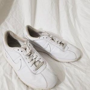 Women's Classic Cortez Nike Sneakers